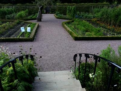 Lower Walled Garden © Anne Wareham Thinkingardens, think gardens, think in gardens, Aberglasney, Aberglasney Garden, South Wales Garden, Welsh garden, Anne Wareham, Veddw, garden review