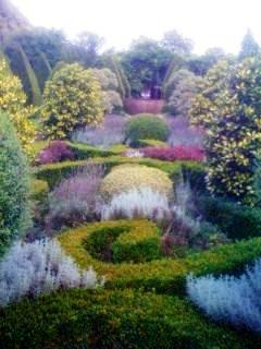 Anney House Garden 3 copyright Kate Durr