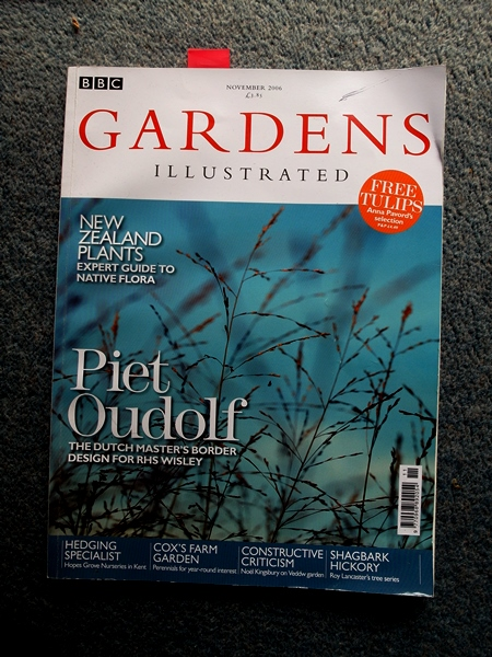 Gardens Illustrated with review of Veddw by Noel Kingsbury SAM_9725