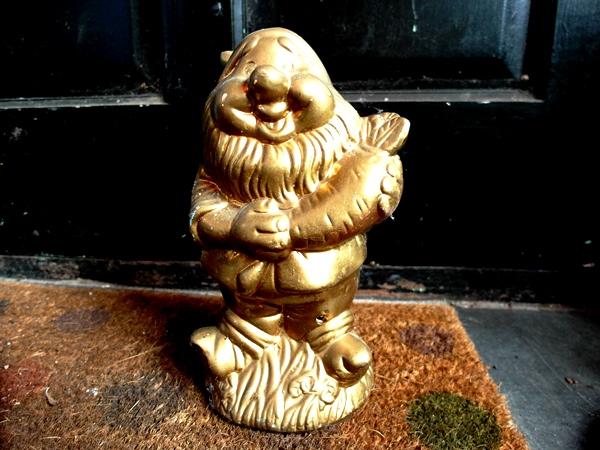 Oscar the Garden Gnome at Veddw SAM_9724