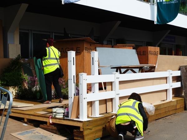 Chelsea Buildup Copyright Anne Wareham  SAM_0696